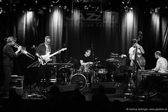 Present Tension - Jazzit Musik Club Salzburg (jazzfoto.at) Tags: sw bw schwarzweiss blackandwhite blackwhite noirblanc bianconero biancoenero blancoynegro zwartwit pretoebranco sony sonyalpha sonyalpha77ii alpha77ii sonya77m2 wwwjazzfotoat wwwjazzitat jazzitsalzburg jazzitmusikclubsalzburg jazzitmusikclub jazzfoto jazzphoto markuslackinger jazzinsalzburg jazzclubsalzburg jazzkellersalzburg jazzclub jazzkeller jazzit2018 jazz jazzsalzburg jazzlive livejazz konzertfoto concertphoto concertphotos liveinconcert stagephoto greatjazzvenue greatjazzvenue2018 downbeatgreatjazzvenue salzburg salisburgo salzbourg salzburgo austria autriche blitzlos ohneblitz noflash withoutflash concert konzert concerto concierto musiker musik music конце́рт