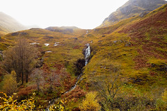 DSC01684 Glencoe Valley, Scotland (Fernando Sa Rapita) Tags: escocia glencoe scotland sony sonydscrx100 sonyrx100 tierrasaltas cascada glen highlands landscape paisaje valle valley waterfall