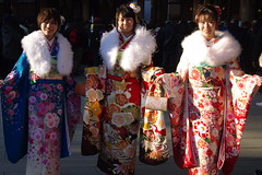 Coming-of-age Day, Tokyo, Japan 成人の日 (runslikethewind83) Tags: pentax kimono japan japanese ladies beautiful beauty lady women woman comingofage tokyo 成人の日 着物 日本