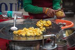Golden Fried Potatoes Old Delhi (shapeshift) Tags: delhi in asia davidpham davidphamsf documentary food foodstall foodvendor india newdelhi olddelhi people shapeshift shapeshiftnet southasia street streetphotography travel vendor streetfood cooking potato potatoes friedpotatoes