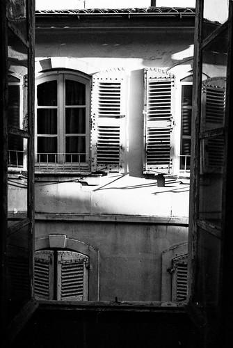 A window in ArlesLeica M6, Summaron 35 2.8, Film Ferrania