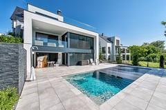 Pool-Konzept gehört zur TOP 10 des bsw-Awards 2018 in der Kategorie Private Badelandschaft im Freien - Medium. (Bundesverband Schwimmbad & Wellness) Tags: bswaward bundesverband schwimmbad wellness top 10 schwimmbäder pool pools