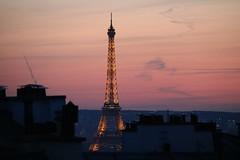 Couché de soleil sur Paris (02/2019) (eguilmard) Tags: architecture eiffel eiffeltower toureiffel france paris sunset couchédesoleil