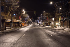 Main Street (Curtis Gregory Perry) Tags: pullman washington night main street road us bank longexposure winter snow nikon d810