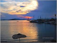 Sunset at Turgutreis marina. (@ tameristan) Tags: sunset samsungphotography tameristan turgutreis beach sky blue marina red light bluehour