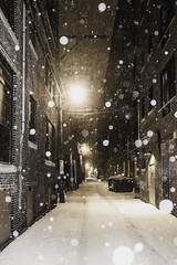 Quiet city backways (aerojad) Tags: eos canon 80d dslr 2019 chicago urban snow snowing winter february bokeh snowkeh outdoors city alley night nightphotography nightscape winterscape snowscape