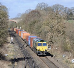 66-951-4O90-Hatton-North-Junction-11-3-2019 (D1021) Tags: shed class66 66951 4o90 freightliner containers intermodal hatton hattonstation hattonnorthjunction signal colourlight colourlightsignal nikond700 d700