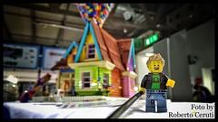 Selfie with UP HOUSE (markfaving) Tags: moc lego supportus fotografiacostruttiva pixar disney up legoideas