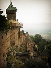 Die Hohkönigsburg bei Orschwiller im Elsass (Maquarius) Tags: hohkönigsburg chateau de hautkoenigsbourg elsass burg vogesen orschwiller