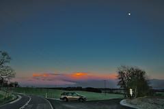 Evening tour (GerWi) Tags: abend evening himmel sky auto car available light licht lichtstimmung
