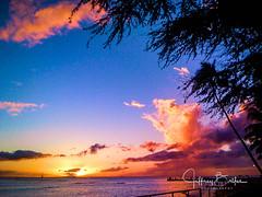 Waikiki-3-2 (Jeffrey Balfus (thx for 3.3 Million views)) Tags: sunset thegalaxy iphone hawaii oahu