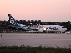 Alaska Airlines                                        Boeing 737                                    N587AS (Flame1958) Tags: alaskaairlines alaskab737 boeing737 b737 boeing 737 b7378 b737800 subpop alaskasubpop subpopaircraft subpopaeroplane subpopairplane fll kfll fortlauderdaleairport 180219 flap flap2019 0219 2019 9454 n587as subpoprecords