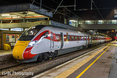 Red Stripes at Night, Spotter's Delight (CS:BG Photography) Tags: class800 azuma lner 800106 ecml eastcoastmainline londonnortheasternrailway pbo peterborough iep hitachisuperexpress intercityexpressprogramme bimode at300