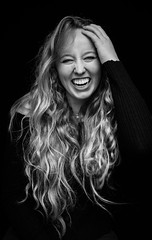 DENS4102 (YouOnFoto) Tags: hair beauty smile lach haar black white zwart wit portret portrait laugh fujifilm xt20 systeemcamera