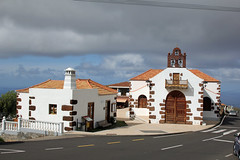 Tourist information and Iglesia of Las Tricias (EduardMarmet) Tags: lapalma spanien esp