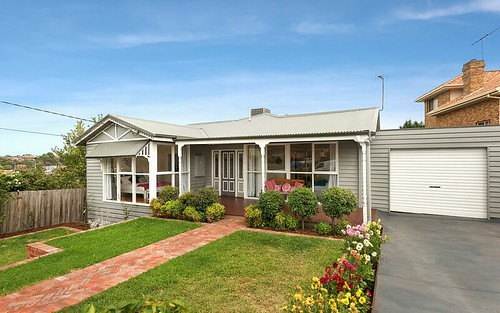 11 Magdalen Street, Pascoe Vale South VIC 3044