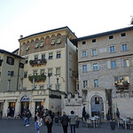 2019-03-29 03-31 Südtirol-Trentino 096 Trient, Piazza del Duomo thumbnail