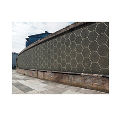 hexagons (chrisinplymouth) Tags: wall brick curve design hexagon hexagonal plymouth devon city england uk cw69x curved desx nottestreet geometric geometry xg r123 diag diagonal