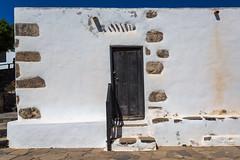 Fuerteventura (piotr_szymanek) Tags: fuerteventura outdoor building house steps door entrance 1k 20f
