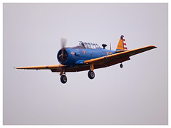 T-6 G Texan - 49-3056 - F-HLEA | Aero Vintage Academy (Aerofossile2012) Tags: avion aircraft aviation meeting airshow laferté 2017 aérovintageacademy t6 g texan 493056 fhlea