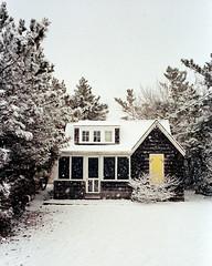 Off-Season (2019) (Jeffery Robert Photography) Tags: leica m4p voigtlander 28mmf19 ultron kodak portra400 film winter snow snowstorm offseason