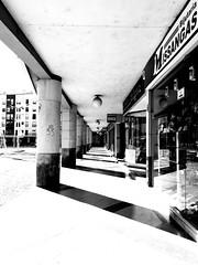 Faro (Justine Sautjeau) Tags: bnw blackandwhite architecture faro portugal voyage travel trip