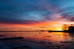 Radiant (christianviktorsson) Tags: canon 80d roxen sunrise water winter frozen