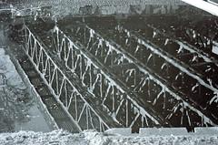 11.11.2018 Brücken Spiegelung (rieblinga) Tags: berlin 11112018 spiegelung brücke teltowkanal tempelhof wasser analog revue sc 3 kodak bw400cn c41