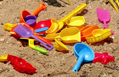 beach toys (Photo Op!) Tags: beach sand plastic diggers beachtoys toys shovels digging