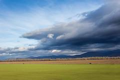 Ustupujúci front | Považany | Slovakia (lofofor) Tags: front clouds sky oblaky obloha dramatic mordor storm búrka považany považie sk sr svk slovakia slovensko nížina považský inovec mračno fields field pole landscape countryside