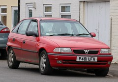 P481 UFH (Nivek.Old.Gold) Tags: 1996 vauxhall astra 14 ls 5door