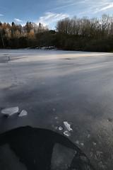 Windsborn (franzmarkus) Tags: eifel rheinlandpfalz deutschland germany krater kratersee vulkaneifel winter wald see nikon z6 fx nikkor 1835mm felsen forest frost