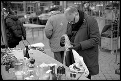 Flea market (Micke Borg) Tags: rodinal panf ilford 14 50mm ltm canon m3 leica fleamarket haymarket hötorget sverige sweden stockholm