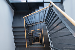 Down - Explored March 13, 2019 (Frank Guschmann) Tags: treppe treppenhaus staircase stairwell escaliers stairs stufen steps architektur frankguschmann nikond500 d500 nikon explored