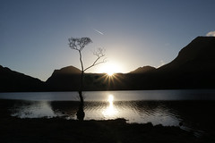 Buttermere Dawn (Geoff Thould) Tags: lakedistrict lake mountains dawn sunrise