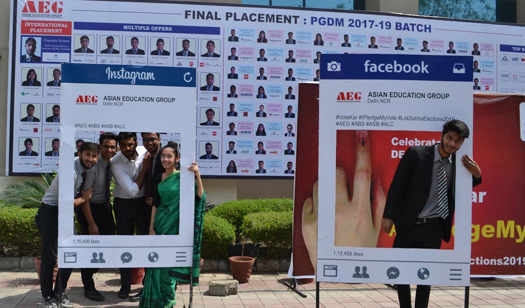 LLB & BALLB students of Asian Law College join Asian Education Group's #IPledgeMyVote campaign for a better India with full enthusiasm!