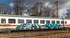 20_2019_02_09_Recklinghausen_Ost_6101_067_schiebt_IC ➡️ Recklinghausen_Süd (ruhrpott.sprinter) Tags: ruhrpott sprinter deutschland germany allmangne nrw ruhrgebiet gelsenkirchen lokomotive locomotives eisenbahn railroad rail zug train reisezug passenger güter cargo freight fret recklinghausen recklinghausenost db dispo eloc erd vps 6101 6185 6186 6193 9121 9125 es 64 f4 es64f4 mrcedispo ic lte militärzug siemens traxx vectron outdoor logo natur graffiti