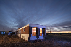 Mobile Home Warm-Cool (Notley Hawkins) Tags: httpwwwnotleyhawkinscom notleyhawkinsphotography notley notleyhawkins 10thavenue rural missouri bottomland riverbottoms missouririverbottoms abandoned missouriphotography lightpainting 光绘 光繪 lichtmalerei pinturadeluz ライトペインティング प्रकाशपेंटिंग ציוראור اللوحةالضوء longexposure evening dusk trees 2019 trailer mobilehome callawaycountymissouri callawaycounty cedarcitymissouri cedarcity weeds sky clouds cloudysky quantumflash quantumtrio sunset warmcool warmlight coollight