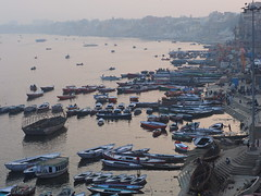 Varanasi - Boats (sharko333) Tags: travel reise voyage asia asien asie india indien uttarpradesh वाराणसी varanasi benares kashi ganga ganges boat olympus em1