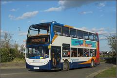 19010, Sixfields (Jason 87030) Tags: mx06xak 19010 stagecoach e400 enviro red white blue orange sixfields pizzahut light weather northampton daventry d3 northants northamptonshire scene transport midlands
