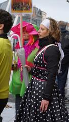 2016-03-06_12-37-03_ILCE-6000_DSC04384 (Miguel Discart (Photos Vrac)) Tags: 130mm 2016 candidportrait candide candideportrait carnaval carnival deguisement disguise e18200mmf3563ossle female femme focallength130mm focallengthin35mmformat130mm girls ilce6000 iso640 lalouviere laetare sony sonyilce6000 sonyilce6000e18200mmf3563ossle woman women