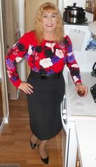 DSCN1529_pp (DianeD2011) Tags: crossdresser cd crossdress crossdressing stockings tg tranny transvestite tgirl tgurl pantyhose