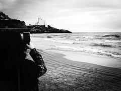 GFX0772 - Torre Truglia (Diego Rosato) Tags: truglia tower torre rocca rook sperlonga italia italy mare sea cielo nuvole sky clouds beach sabbia fuji gfx50r fujinon gf63mm bianconero blackwhite rawtherapee arianna smartphone instagram