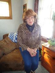 Just A Poor Wisconsin Housewife, Craving For Some Company (Laurette Victoria) Tags: auburn laurette woman leggings animalprint