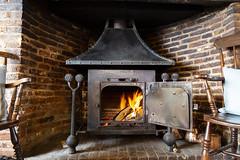 Cosy fireside seating at The Corss Keys Aldeburgh (Adnams) Tags: thecrosskeysaldeburgh crosskeys aldeburgh suffolk pub adnams