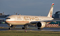 A6-ETS - Boeing 777-3FXER - DUB (Seán Noel O'Connell) Tags: etihadairways a6ets boeing 7773fxer b777 b77w 777 dublinairport dub eidw auh omaa ey42 etd23n aviation avgeek aviationphotography planespotting