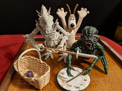 Picnic Robbery Protection - (3x Original Sculpts) (tend2it) Tags: sculpey clay sculpture scifi science fiction biped quadped arthropod gromit dog wallace claymation weapons picnic basket plate turtle catchy color red green tan brown white