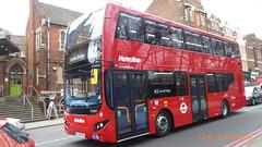 P1150526 VMH2582 LF19 FXG at Highgate Station Archway Road Highgate London (LJ61 GXN (was LK60 HPJ)) Tags: volvob5lhybrid mcv evoseti mcvevoseti 105m 10490mm metroline metrolinewest vmh2582 lf19fxg nb987