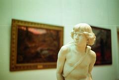 Musée d'arts 2 (herbdolphy) Tags: analog analogique argentique 35mm pentax p30n kodak portra 800 pellicule film filmphotography filmisnotdead 50mm museum nantes