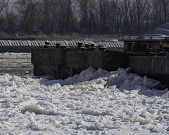 Winter2018-19_SAF0736 (sara97) Tags: barge cold copyright©2019saraannefinke ice mississippiriver missouri photobysaraannefinke saintlouis winter winter201819